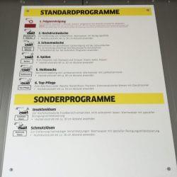 Plakat mit Programmübersicht